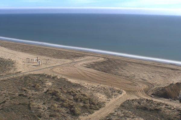 Investigadors de la UPC i del CSIC estudiaran les corrents, les onades i el moviment de la sorra a la platja de Castelldefels