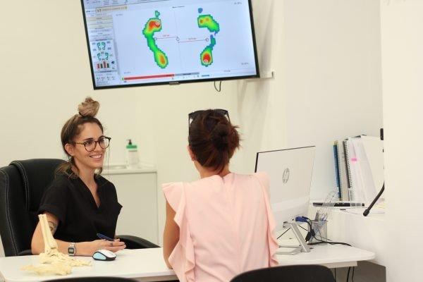 Clínica Podológica LA HUELLA, echa a andar en Castelldefels