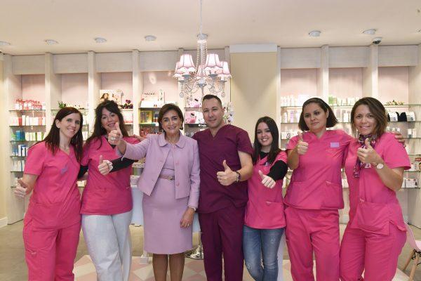 Farmacia Doctora Sancho,  una gran inauguración con causa solidaria (AECC)