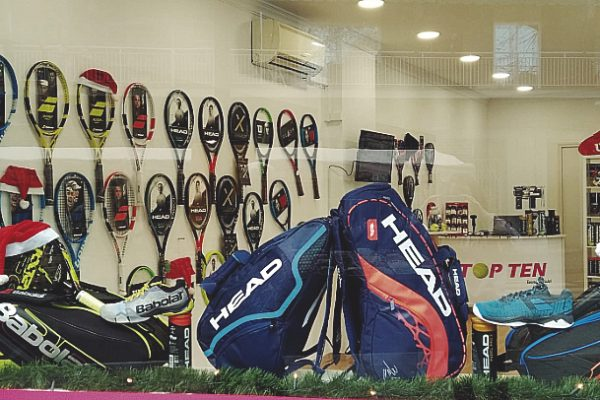 TOP TEN, tu tienda técnica de tenis y pádel