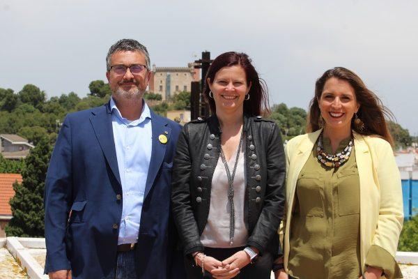 La alcaldesa de Castelldefels rompe el acuerdo de gobierno, provoca la salida de Movem En Comú Podem y se queda en minoría