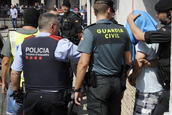 Els Mossos d'Esquadra i la Guàrdia Civil desarticulen un grup criminal que es dedicava al transport internacional de marihuana
